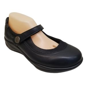 SAS 9.5W Black Mary Jane Shoes STEP OUT Comfort